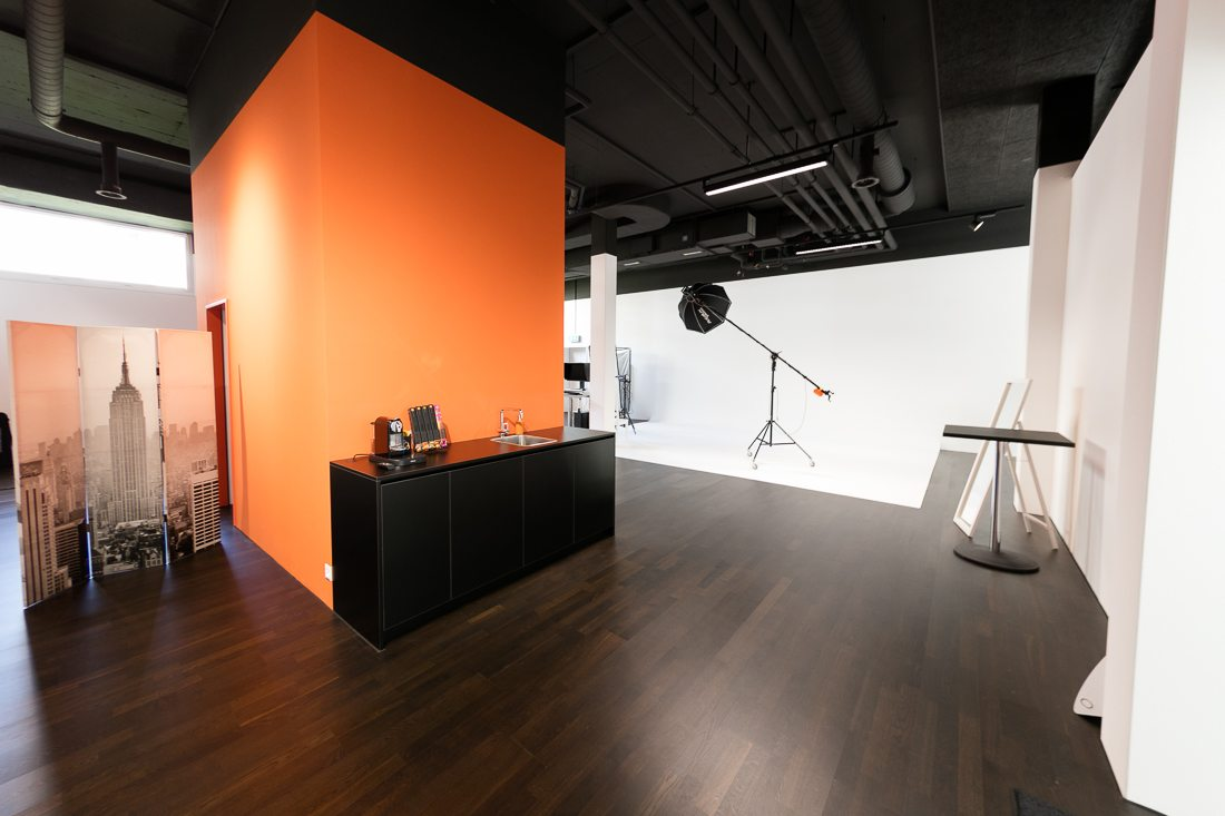 Photo Studio within